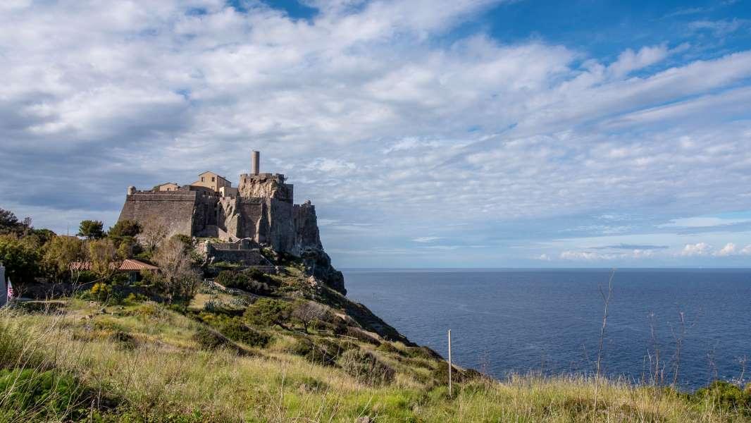 Forte San Giorgio Capraia