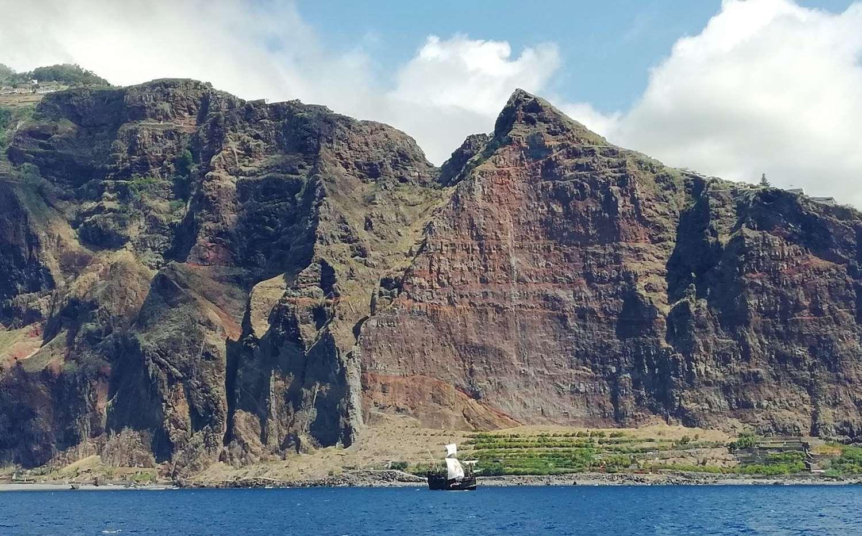 Nave con vele a Madeira